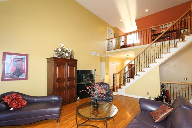 8335 Kugler Meadows Ct , Sycamore Twp, OH - USA (photo 4)