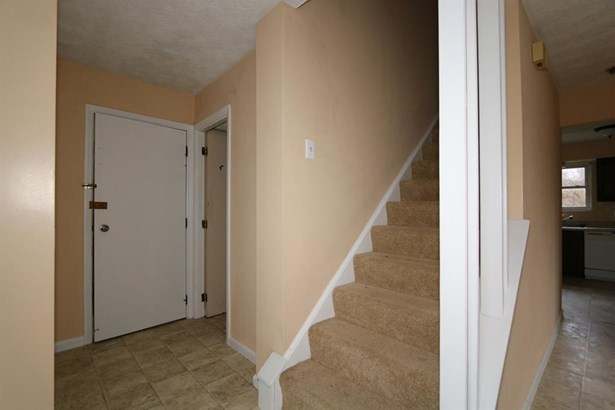 830 Clearfield Ln , Springdale, OH - USA (photo 3)