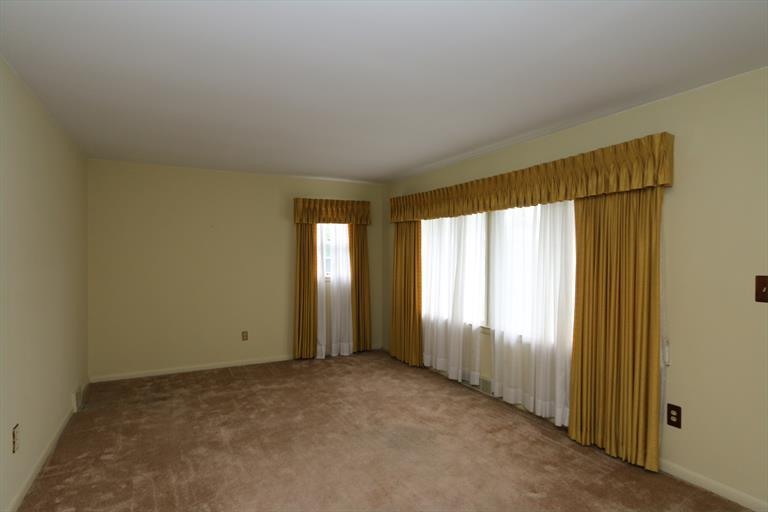 2805 Vale Dr, Kettering, OH - USA (photo 5)