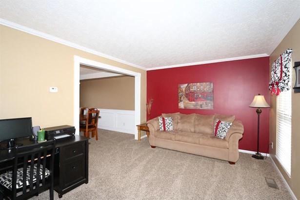 9022 Crimson Oak Dr , Florence, KY - USA (photo 5)