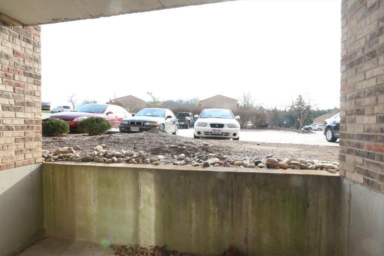 7230 Creekview Dr, 4 4, Colerain, OH - USA (photo 4)