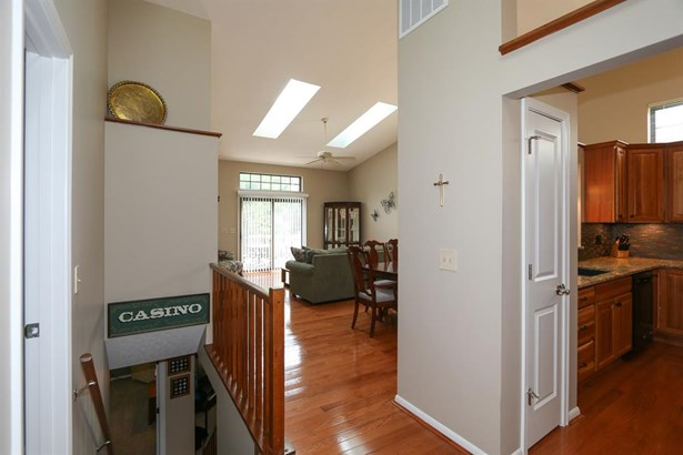 5406 Dickens Dr , Sharonville, OH - USA (photo 4)