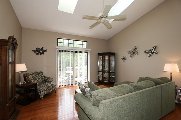 5406 Dickens Dr , Sharonville, OH - USA (photo 5)