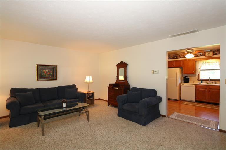 2039 Donald Rd, Bethel, OH - USA (photo 5)