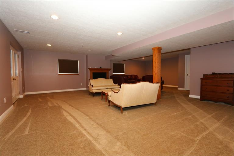 2200 Old Orchard Dr, West Harrison, IN - USA (photo 3)