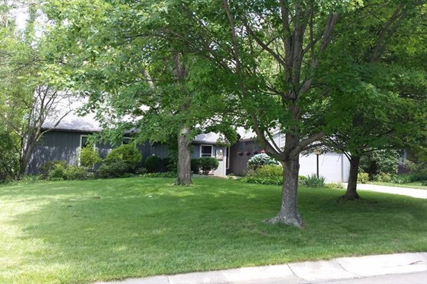 3741 Fallentree Ln, Blue Ash, OH - USA (photo 1)