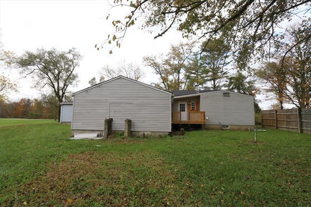 7996 Hetzler Rd, Germantown, OH - USA (photo 2)
