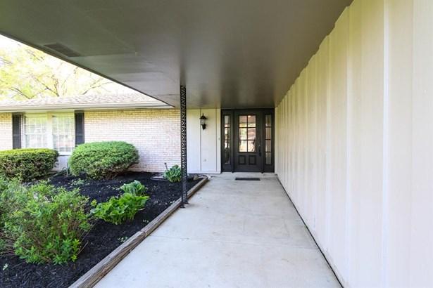 819 Pinecreek Dr , Washington Township, OH - USA (photo 2)