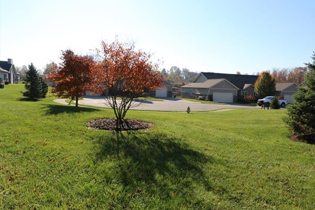 5031 Spring Hill Dr, 11-b 11-b, Taylor Mill, KY - USA (photo 3)