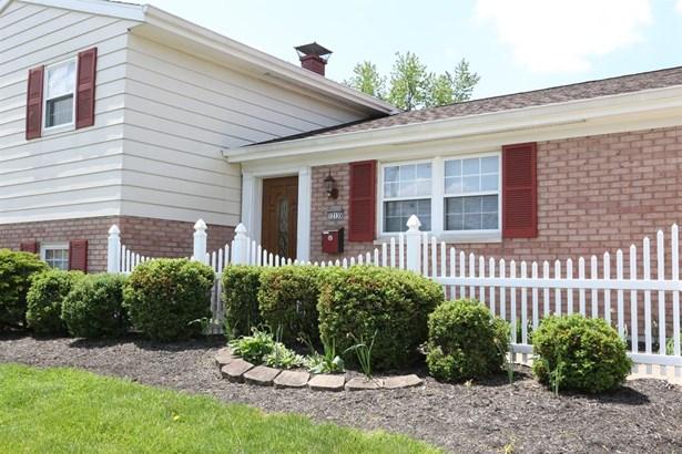 12135 Elkridge Dr , Springdale, OH - USA (photo 2)