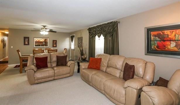 5927 Charlesgate Rd , Dayton, OH - USA (photo 4)