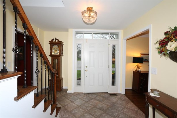 10119 Bolingbroke Dr , West Chester, OH - USA (photo 3)