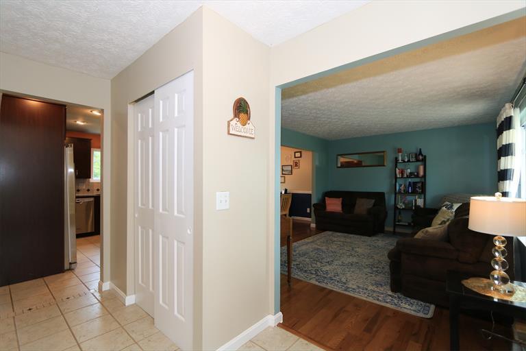 1588 Hunter Rd, Fairfield, OH - USA (photo 3)
