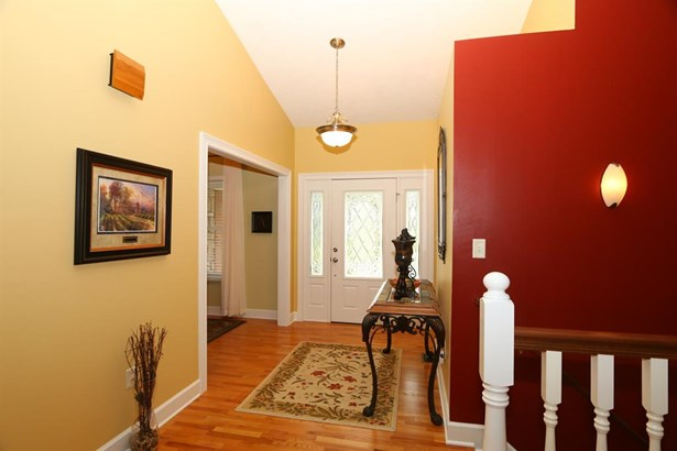 4904 Oaks Ct , Middletown, OH - USA (photo 4)