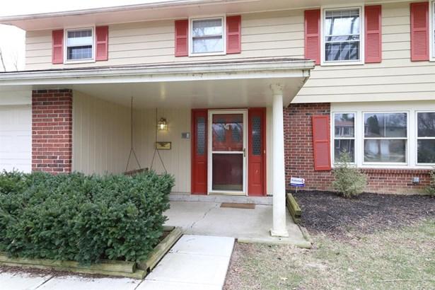 6326 Weybridge Dr , Trotwood, OH - USA (photo 2)