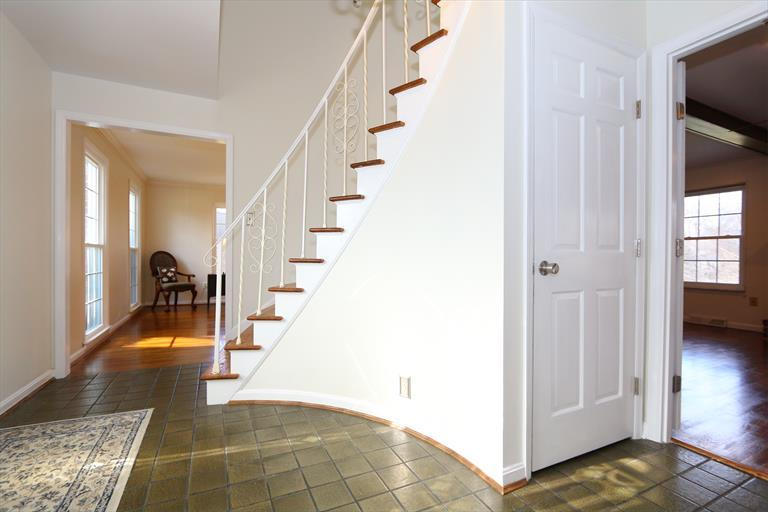 8196 Millview Dr, Sycamore Twp, OH - USA (photo 4)