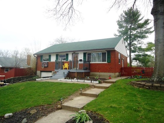 100 Ireland Ave , Greenhills, OH - USA (photo 1)