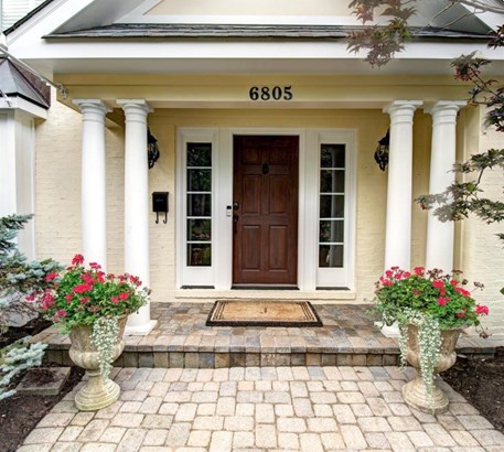 6805 Mt Vernon Ave , Mariemont, OH - USA (photo 2)