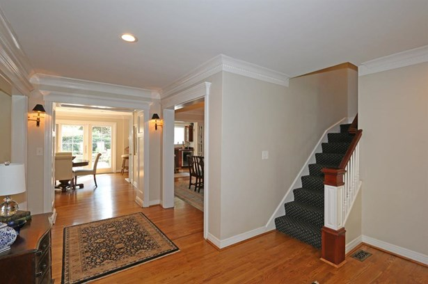 6805 Mt Vernon Ave , Mariemont, OH - USA (photo 4)