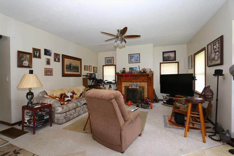 7583 Roachester Cozaddale Rd, Butlerville, OH - USA (photo 4)