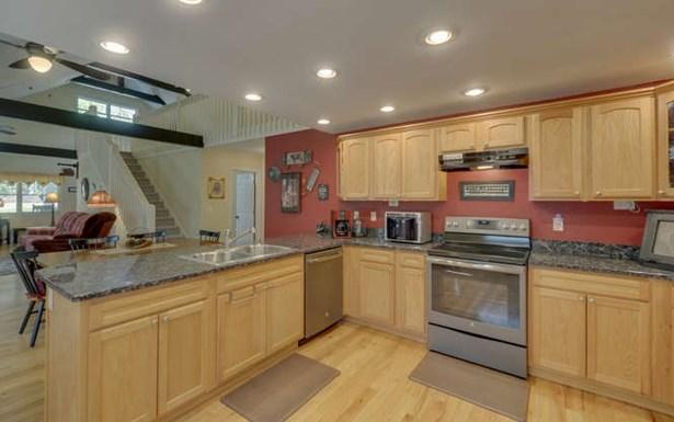 Residential, Ranch - Morganton, GA (photo 2)