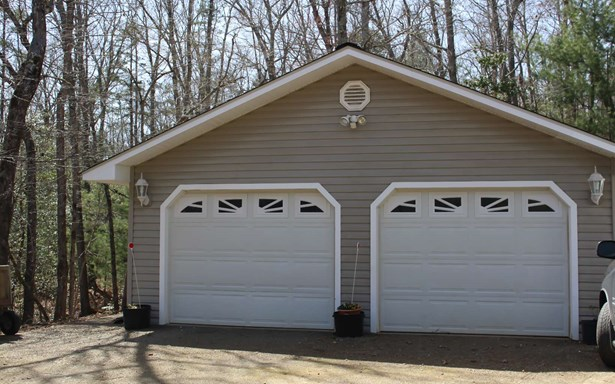 Residential, Traditional - Warne, NC (photo 2)
