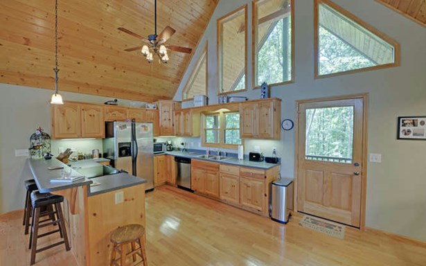 Residential, Ranch - Brasstown, NC (photo 5)