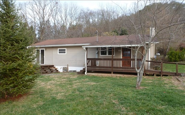 Residential, Ranch - Andrews, NC (photo 2)