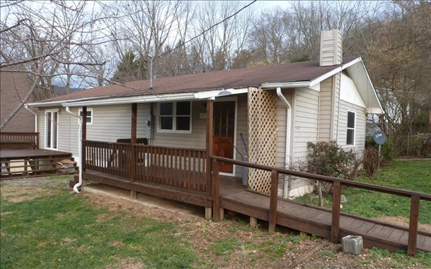 Residential, Ranch - Andrews, NC (photo 4)