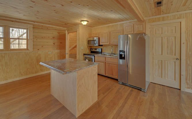 Residential, Cabin,Two Story - Hayesville, NC (photo 2)