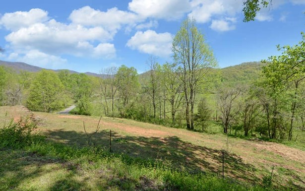 Residential, Ranch - Hayesville, NC (photo 2)
