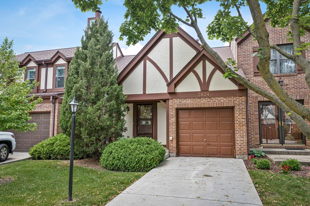 Townhouse-2 Story - Westchester, IL