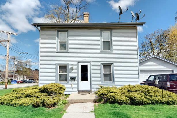 2 Flat, Colonial - St. Charles, IL