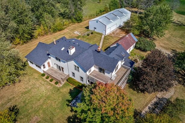 Farmhouse, 2 Stories - SYCAMORE, IL (photo 3)