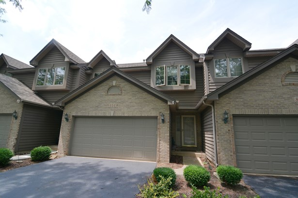 Townhouse-trilevel - ELGIN, IL (photo 1)