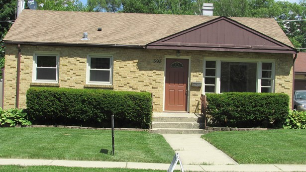 1 Story, Ranch - ELGIN, IL (photo 2)