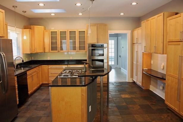 Residential Rental - ELGIN, IL (photo 3)