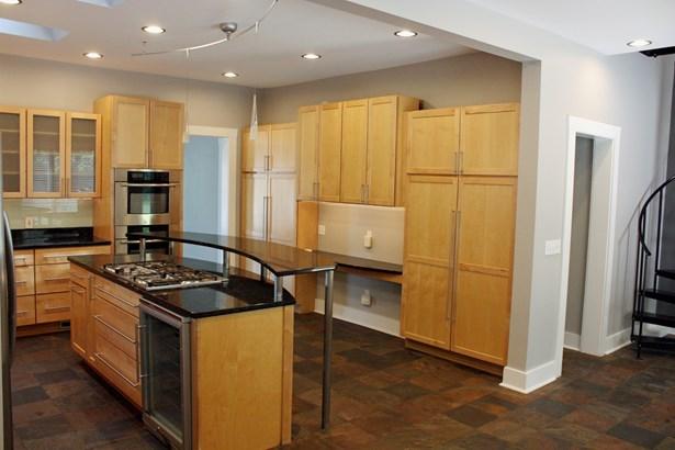 Residential Rental - ELGIN, IL (photo 4)