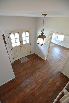 Farmhouse, 2 Stories - WEST DUNDEE, IL (photo 4)