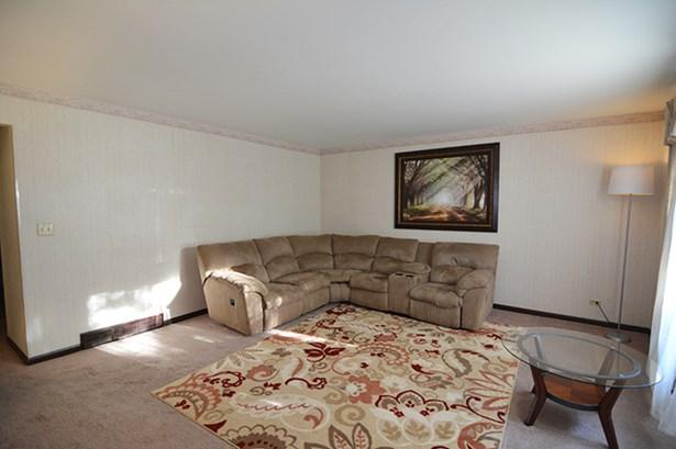 Ranch, Duplex Side By Side - ELGIN, IL (photo 5)