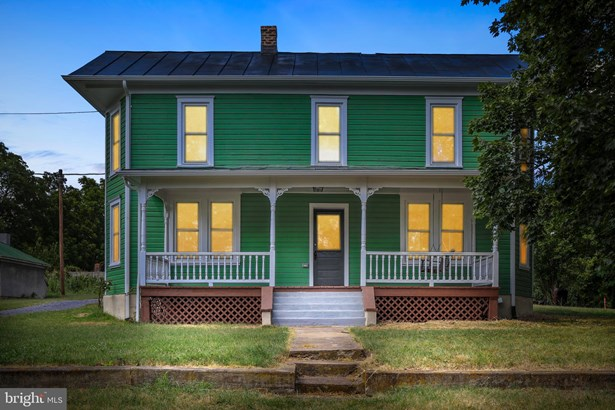 Colonial, Detached - FRONT ROYAL, VA