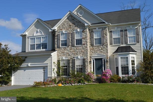 Single Family Residence, Colonial - STEPHENSON, VA (photo 1)