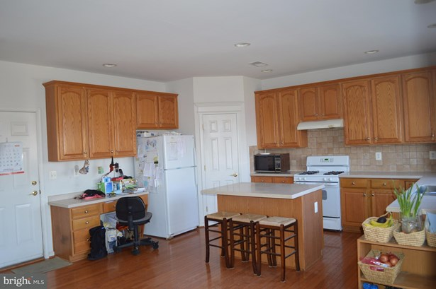 Single Family Residence, Colonial - STEPHENSON, VA (photo 3)