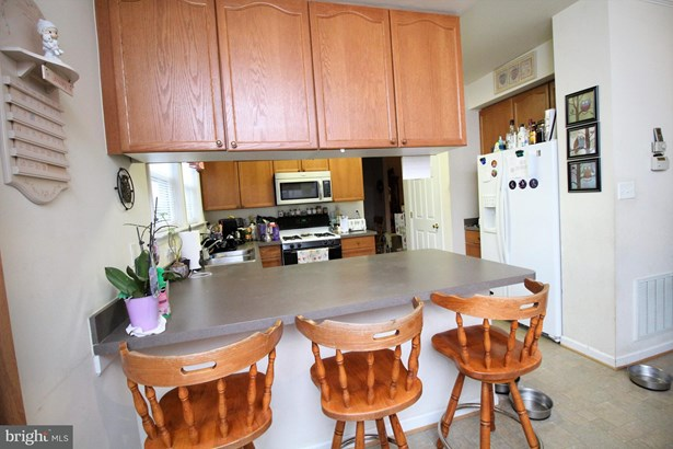 Single Family Residence, Colonial - STRASBURG, VA (photo 5)