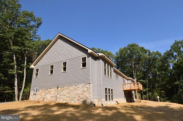 Single Family Residence, Craftsman - BENTONVILLE, VA (photo 4)