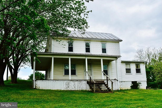 Farm House, Single Family Residence - TOMS BROOK, VA (photo 1)
