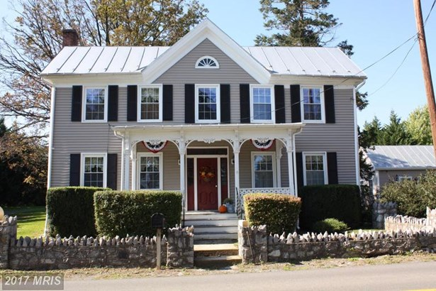 Colonial, Detached - TOMS BROOK, VA (photo 1)