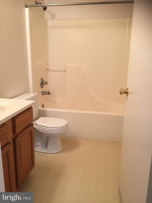 Single Family Residence - WOODSTOCK, VA (photo 5)