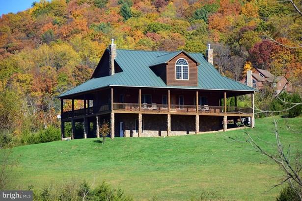 Single Family Residence, Traditional - BENTONVILLE, VA (photo 1)