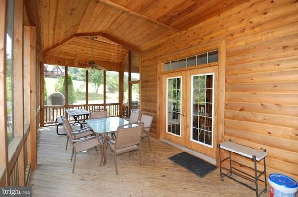 Single Family Residence, Traditional - BENTONVILLE, VA (photo 3)
